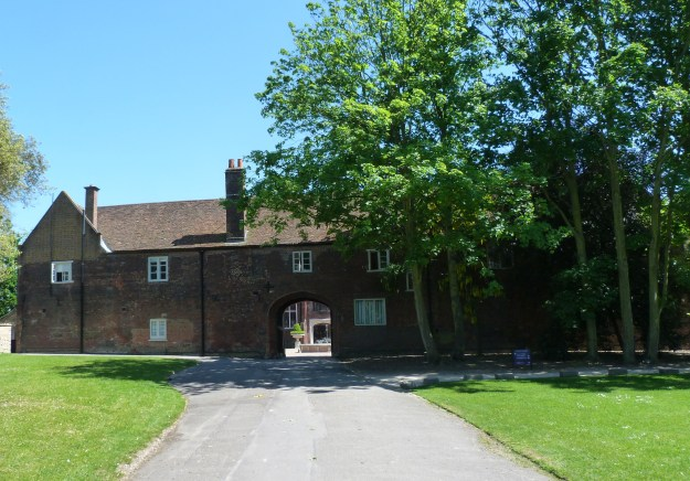 Entrance to Fulham Palace