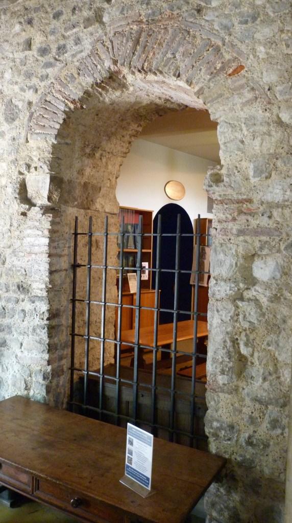 Saxon arch, All Hallows Barking