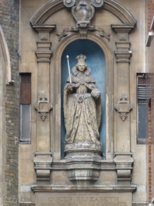 Statue of Elizabeth I, church of St Dunstan in the West