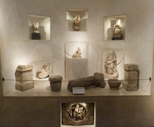 Temple of Mithras finds display, Museum of London