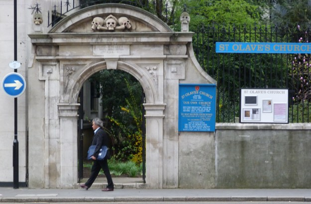 Gateway to churchyard