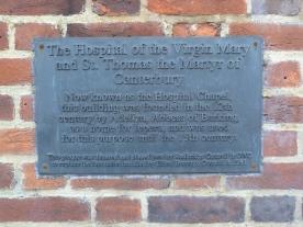 Explanatory plaque