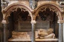 4 - Ravenscroft memorial