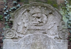 6 - Gravestone with skull and crossbones