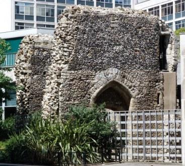 2-st-alphage-london-wall