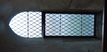 3 - Lancet window