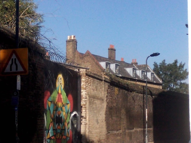 2-wall-of-former-east-india-company-dockyard-watergate-street