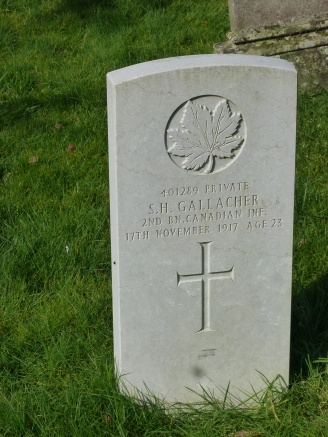 4-grave-of-a-first-world-war-canadian-soldier-killed-in-the-third-battle-of-ypres