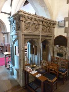 9-stone-memorial-to-erasmus-forde