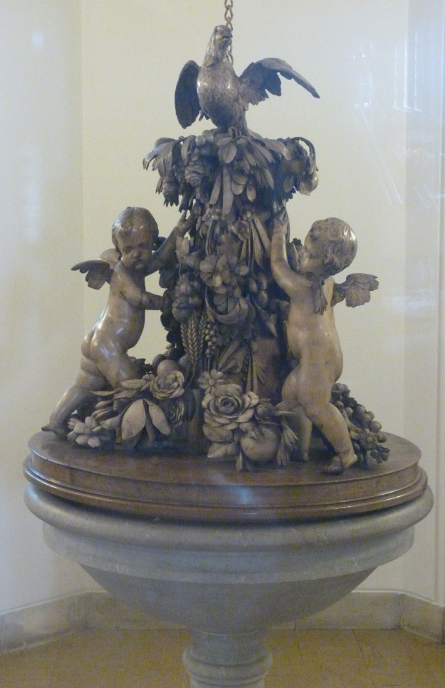 font-cover-by-grinling-gibbons