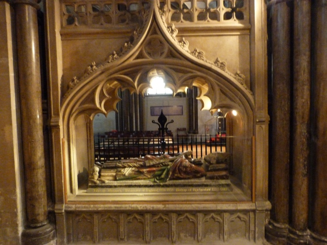 Memorial to Bishop of Rochester.JPG