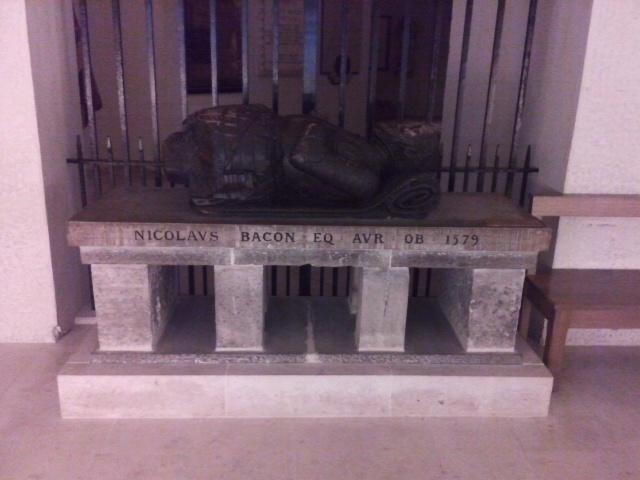 Tomb of Nicholas Bacon.jpg