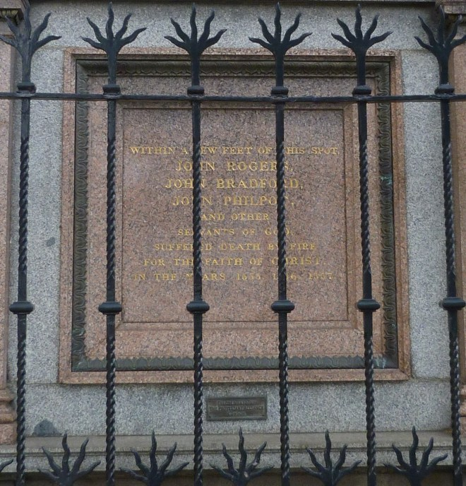 Protestant martyrs plaque, West Smithfield - Copy.JPG
