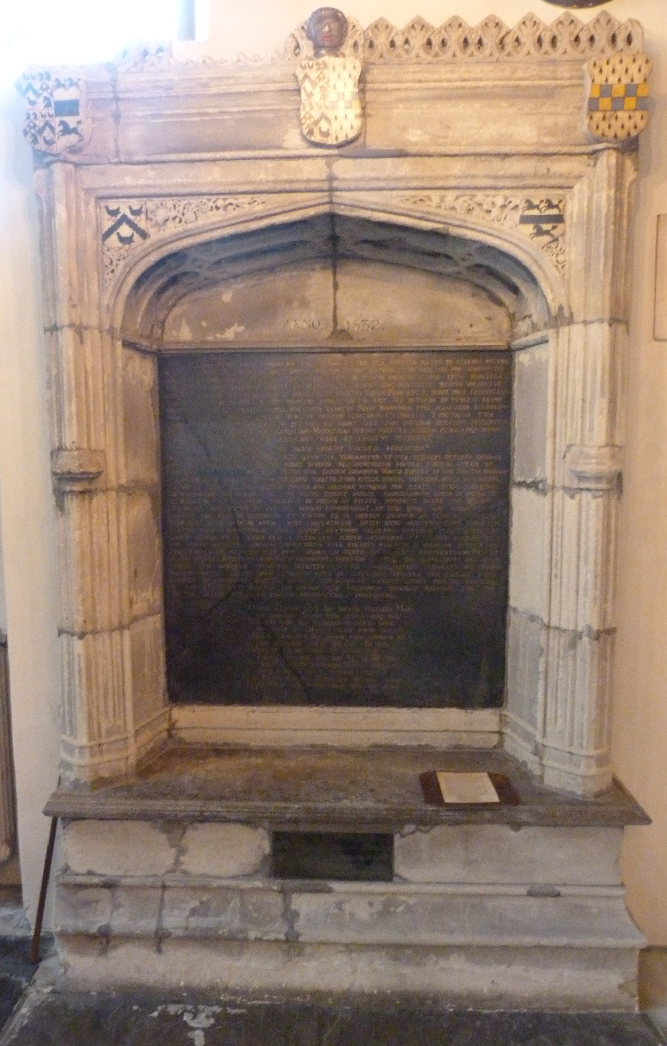 6 - Memorial to More in Chelsea Old Church.JPG