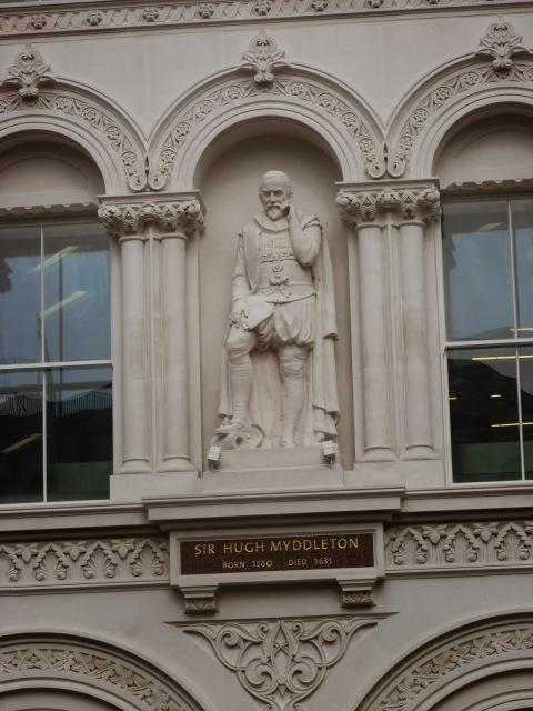 4 - Myddelton statue, Holborn Viaduct