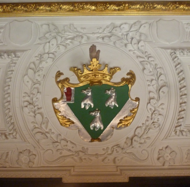 7 - Myddelton coat-of-arms, Oak Room.JPG