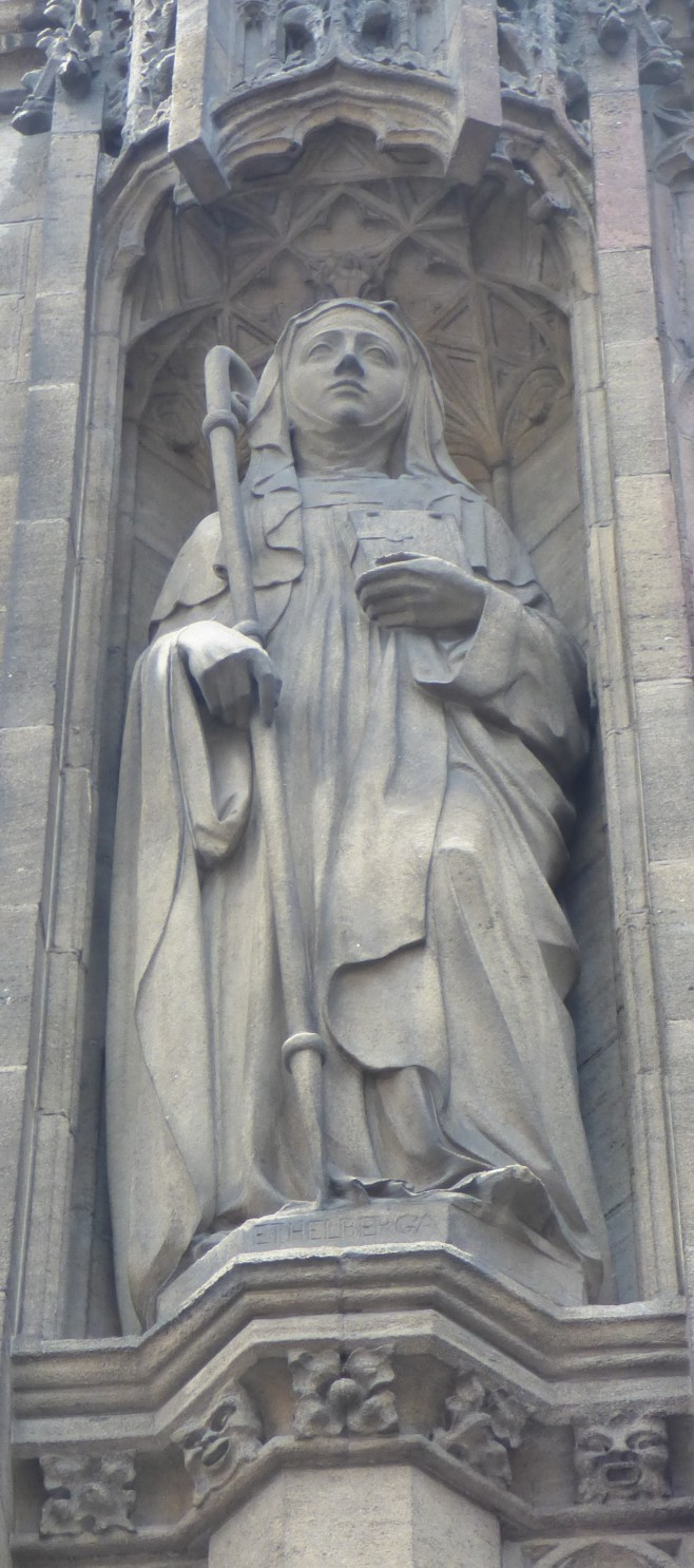 Statue of Ethelburga - Copy.JPG