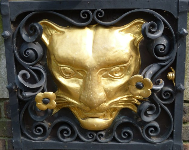 Leopard's head (insignia of Goldsmiths' Company), churchyard of St John Zachary 2